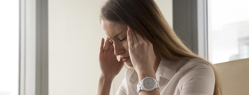 migraine et maux de tete huiles essentielles