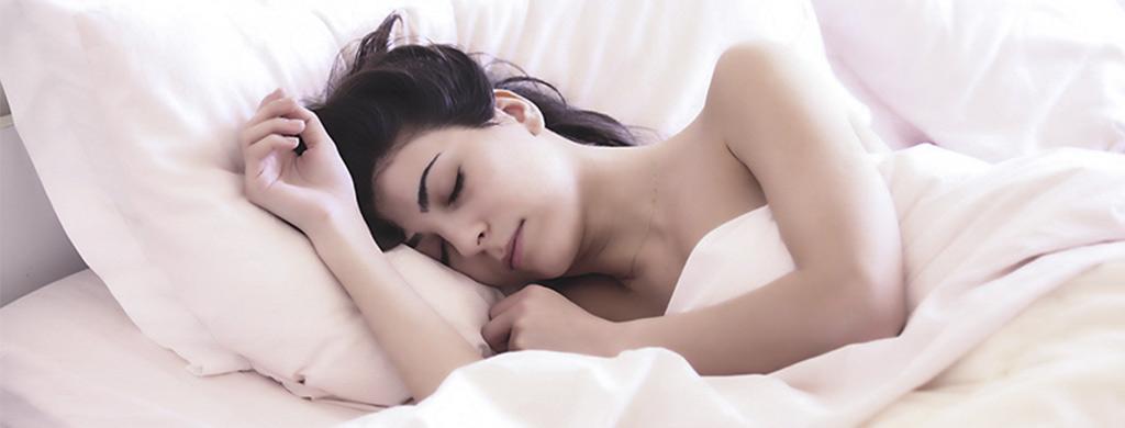 etudes-sur-le-sommeil-et-laromatherapie-AromaCare